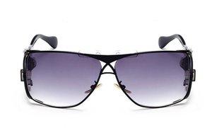 Großhandel - Sonnenbrille Beliebte Sonnenbrille Luxusmodelle Sonnenbrillen Neue Auflistung Sommerglas UV400 mit Box Herren 955 und Markenlogo QHegegr