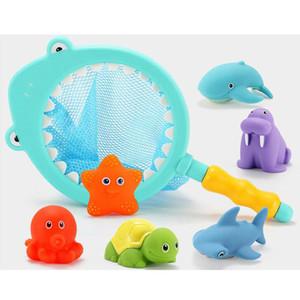 Juego de juguetes de baño para bebés de dibujos animados Pulverización de agua Squeeze Sounding Debbling Toys Niños Flotador Tina de agua Baño de goma Jugar Juguete de pescado