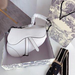 Horseshoe saco de moda senhoras clássicas bolsa de ombro sela saco de moda letra metal estilo bolsa acessórios impressionantes 23 * 19 cm