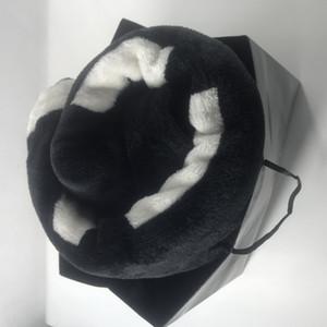 شعبي المرجان الأسود كومة بطانية الصوف مانتا الرميات أريكة / سرير / طائرة السفر ا البطاطين منشفة بطانية هدية VIP 130cmx150cm الفاخرة