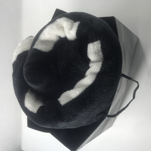 Popular Black Coral pilha Blanket Manta Fleece Lança / Bed / dom VIP 130cmx150cm luxo Sofá Plane Viagem Mantas Toalha Cobertor