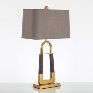 Pós Textura Serpente Modern Leather Led Table Lamp Sala de jantar Sala de Led Desk Lamp Iluminação do metal do ouro Lampara De Mesa