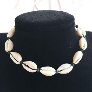 Women's Natural Shell Choker Necklace, Handmade Cowrie Shell Boho Beach Jewelry for Women Girls 2 Colour Select