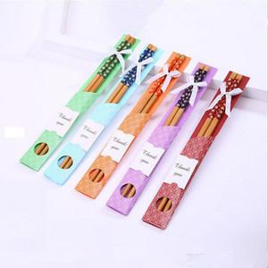 """Doğal Bambu Chopsticks Çin """"Doğu Meet Batı"""" Chopsticks Çocuklar doğum günü partisi Düğün Favor Hediye Rastgele Renk gönder"""