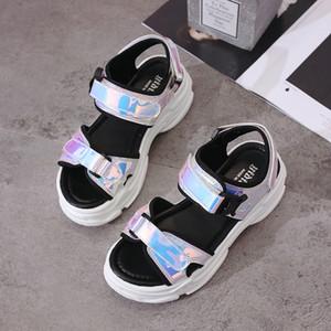 Sandales 2019 Nouveau Sandales d'été pour les femmes chaussures Casual femmes Compensées bling boucle de courroie plate Chaussures 5 CM Sandalias Mujer