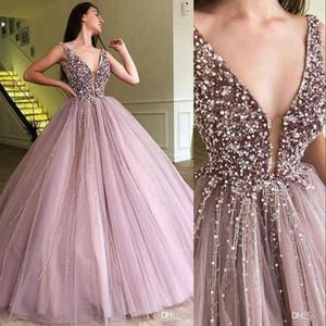 New Quinceanera Robes col en V profond Keyhole Tulle Paillettes perles de cristal robe de bal Puffy doux 16 Plus Size Party robe de bal Robes de soirée