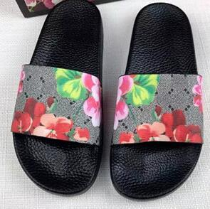 2019 Top Designer Women's Slippers Shoes New Luxury Slide Summer Fashion Wide Flat Sandals Flip Flop size 35-45 flower box