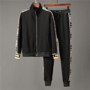 20ss Marka Tasarım Erkekler Koşu Suit Erkekler Uzun kollu ceket Sweatshirt için Medusa Baskılı Hoodies Kazak Slim Fit Tracksuits
