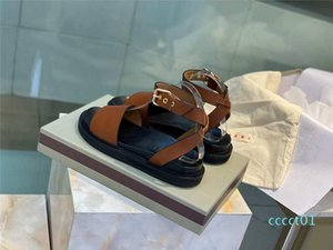 2020 New Women Sandals Macaron Leather Beach Shoes Luxury Designer Shoes Contrast Buttoned Sexy Flat Golden Comfortable Roman Shoes ct1