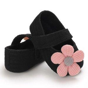 Kind-Babys Walking-Schuhe nette Blumen Bequeme Closure modische Kinderwanderschuhe Soft-Bottom