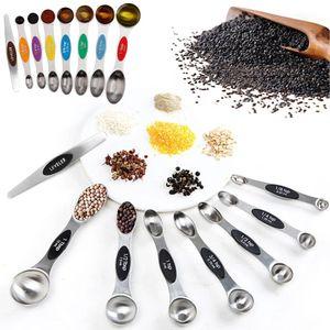 رؤساء 8PC مزدوجة قياس ملاعق الفولاذ المقاوم للصدأ المغناطيسي قياس الكؤوس قياس أداة مجموعة اكسسوارات للمنزل مطبخ