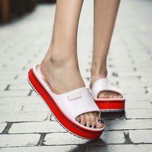 Summer 2020 New Casual Women Flat Platform Slippers Indoor Outdoor Non-slip Sandals for Women Light Beach Sandals Flip Flop