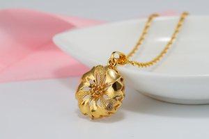 1 hueco girasol pétalo redondo brote suerte de cuatro hojas del trébol del collar de simulación de oro flor de Rose imitación de oro tridimensional