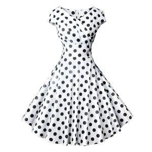 PatlamaKadın Giysileri 2019 Yaz Kısa Kollu Dairesel Nokta V Yaka Göğüs Yara Baskı Elbise 501