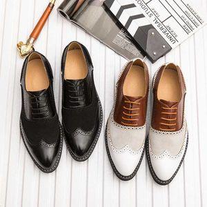 Homens britânicos PU Shoes Pointed Toe Moda Negócios sapatos para homens Ouro Ferrolho Casual Plus Size 46 * 7811