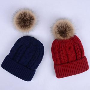 Fashion Knitted Beanie Hat 11 Colors Women Winter Colorful Snow Caps Outdoor Men Pom Poms Hip Hop Ski Cap TTA1588