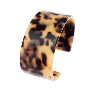 I nuovi braccialetti del polsino di fascino della resina del leopardo per le donne braccialetti multicolori di modo braccialetti accessori dei monili Regalo all'ingrosso