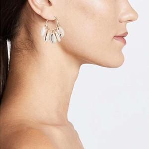 Wholesa conchiglie ciondolano gli orecchini per le donne lampadario bianco conchiglia orecchino della lega pendenti shell cerchio gioielli regalo Bohemian VSCO ragazza orecchio perline