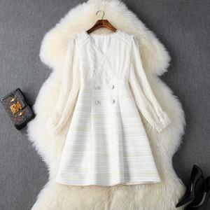 2019 Otoño Invierno Marfil camiseta de manga larga de cuello de rayas Imprimir Tweed panelados Botones Mini vestido corto de moda de los vestidos ocasionales N11T10419