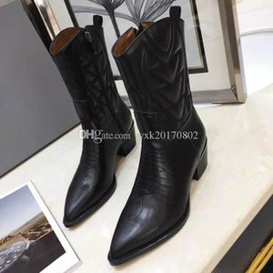 2019 fashion designer women knitting boots Pointed high heel womens thigh Middle tube Breathable Elastic boots
