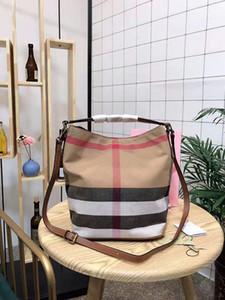 Pacchetti madre-bambino femminili nel secchio bambino stella europea e americana di moda con borse a tracolla per signora