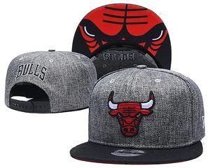 Hot Mens Chicago Bulls Basketball Hysteresenhüte Baseball Football Cap Flache justierbare Kappe Sport-Hut-Mischungsauftrag