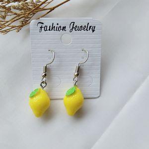 Unique 3D Mini Lemon Banana Strawberry Cherry Earrings Acrílico Sweet Fruit Jewelry Party gift para amigo Cute Drop Earrings