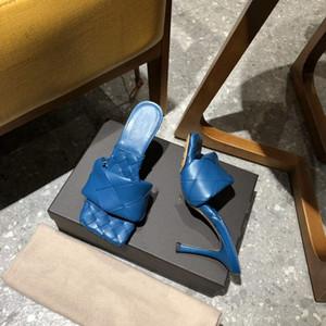 Sandalia de diapositivas de napa suave de diseñador Mulas de suela cuadrada, zapatillas de tacón alto tejidas de punta abierta mujer Correa ancha Sandalias de Lido de piscina de playa