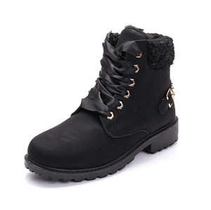 New Chaussures Fashion Designer Shoes Trainers White Black Dress De Luxe Men Women casual Shoes 741