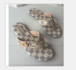 Düz Slaytlar Plaj Ayakkabı On Lüks tasarımcı Kadınlar Terlik Açık Burun Yaz Kayma Kadın Ayaklı moda Flops