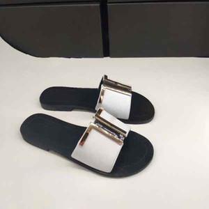 Novo Designer Senhora Verão Flat-soled Botão de Ouro Chinelos de Praia Senhora Designer de Chinelos de Sola Plana de Couro 35-43 Cinto caixa