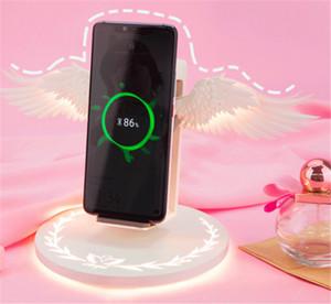 Беспроводное зарядное устройство Angel Wings 10Вт Быстрая зарядка с Night Light держатель телефона Универсальный телефон Беспроводное зарядное устройство для iPhone 8 X XR Android