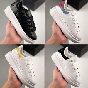 poco costosi dei capretti pattini casuali migliori ragazze del ragazzo modo di alta qualità delle scarpe da tennis del partito Piattaforme sport sneaker formato 24-35