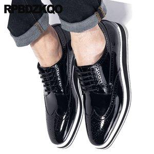 Итальянская Oxfords Мужчины Италия Повседневная обувь Creepers Платформа Wingtip клинья лакированной кожи Подлинная BROGUE партии Британский стиль Марка