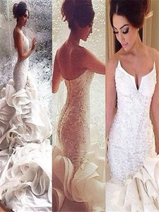 2020 Sweetheart Lace Ruffles with Cathedral Train Mermaid Beach Wedding Dresses with Lace Up Luxury Bridal Gowns
