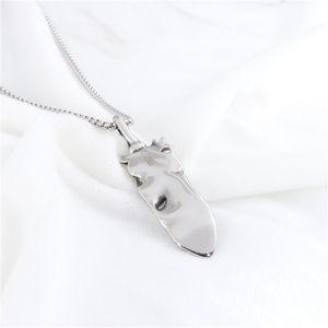 Ciondolo Retro Fether con Black Men collana di pietra Gotico Steeless acciaio Catena disegno dell'ala Jewelry