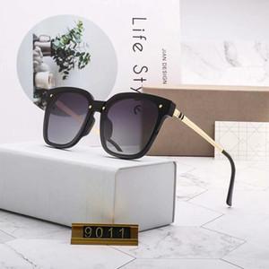 Para mujer Gafas de sol de moda las gafas de sol de los anteojos UV400 Vidrios Adumbral Modelo D9011 5 color opcional Nueva caliente con la caja