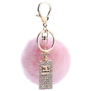 Fourrure de lapin en peluche boule de cristal Bouteille de parfum porte-clés sac sac voiture Porte-clés bijoux pendentif anneau porte-clés cadeau souvenir en gros