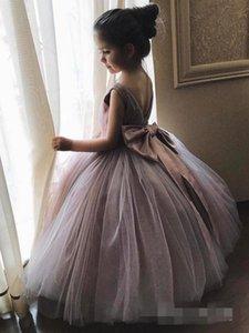 2019 Dusty Grey hinchadas vestido de bola de las muchachas de flor vestidos del nudo del arco vestidos de primera Commuion niñas desfile del vestido por encargo