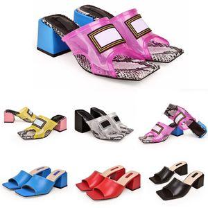 2020 Luxus-Designer Frauen PVC Transparent Slipper Designer Sandalen echtes Leder Fancy Schuh-Absatz-Mules Slides Luxus Slipper