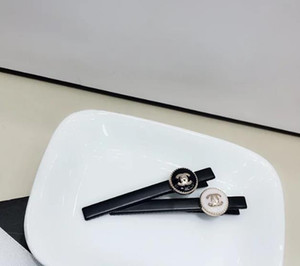 Nouveau cristal de luxe Lettres Pinces Cheveux noirs Brown femmes fille Accessoires Barrette cheveux Pinces à cheveux Bijoux 455