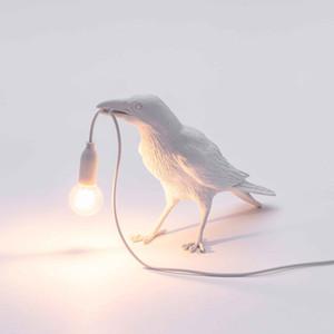 북유럽 새 테이블 램프 Seletti 새 램프 EU / US 플러그 예술 홈 전등 설비 실내 빛으로 백색 LED 동물 버드 데스크 램프를 따뜻하게