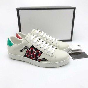 2019 Designer-Schuhe Ace Turnschuhe Erdbeere Tiere Big Size US5-13 Luxus bestickt weiß schwarz pink z36