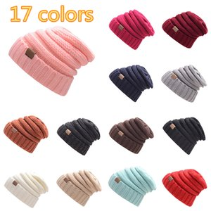 Verkauf gut CC Etikett gestrickter Wollmütze Herbst und Winter Pullover Haben Männer Frauen im Freien warmen Hut 17 Farben Neutral