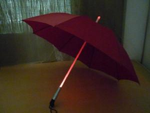 الجملة LED الإضاءة مظلة صامد للريح المظلات مشمس وممطر المظلات 4 ألوان ليلة حماية المظلات دي إتش إل الحرة