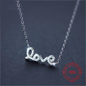 Mixed Valentinstag Heiße Liebe Halskette mit dem Buchstaben Liebe Anhänger Schmuck romantischen Stil für Damen Accessoires Mode-Statement-Schmuck