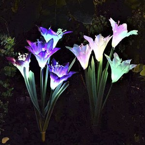 Açık Güneş Bahçe Stake Işıkları 4 Zambak Çiçek ile Yükseltilmiş Su Geçirmez Güneş Enerjili Işıklar 7 Renk Değiştirme LED Güneş En ...