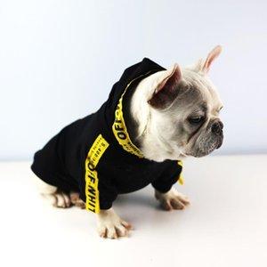 Diseñador de marea ropa para perros con sombrero letras amarillas Pet Hoodie lindo gato perro camisas Teddy Bulldog Schnauzer ropa para mascotas