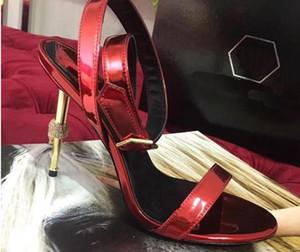 Été nouveau diamants du crâne du talon de placage wrap orteil surface en cuir verni à talons hauts sandales boucle chaussures pour femmes boucle
