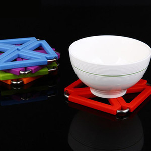 Creative Coaster Pad De Bonbons Couleur Multi-fonctionnelle Isolation thermique Pad Tapis En Silicone Hangable Bol Tapis De Table DH1047